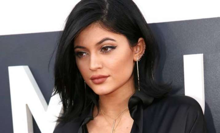 kylie jenner accentuate curves with lotions