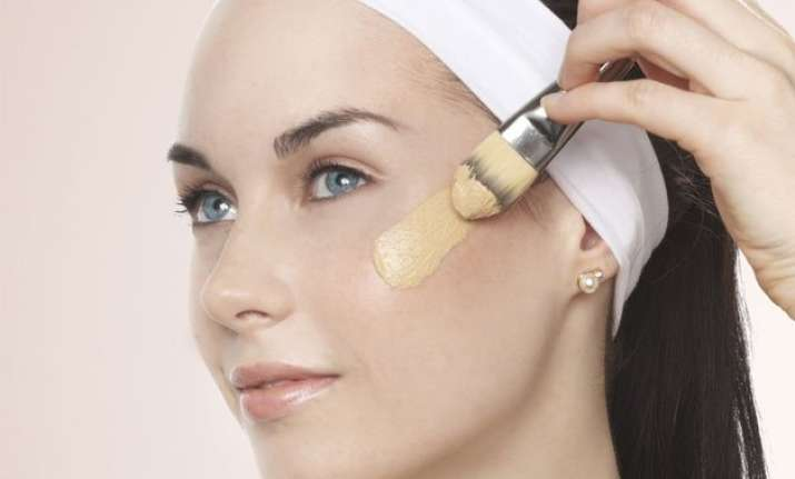 best ways to apply foundation flawlessly