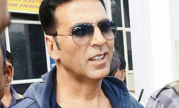 akshay kumar launches campaign to end poverty inequality