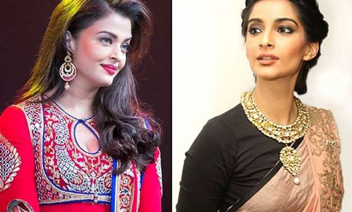 bollywood actresses and their favourite fashion designers