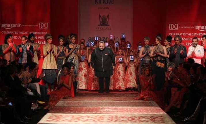 india fashion week 2015 jj valaya gives russian touch to