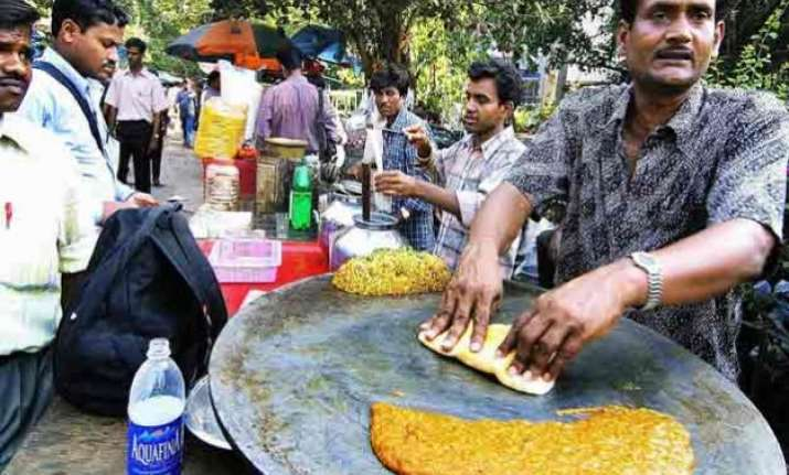 top 10 best road side food in delhi you just can t resist
