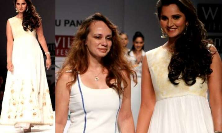 wifw 2015 when sania mirza turned into lady in lace view