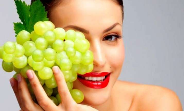 antioxidant in grapes may help treat acne