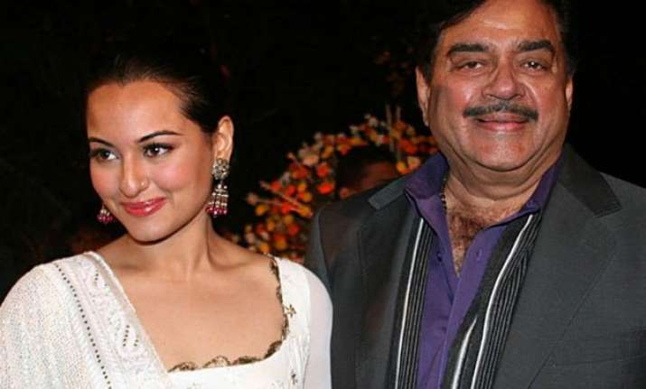 role reversal sonakshi teaches dad how to walk