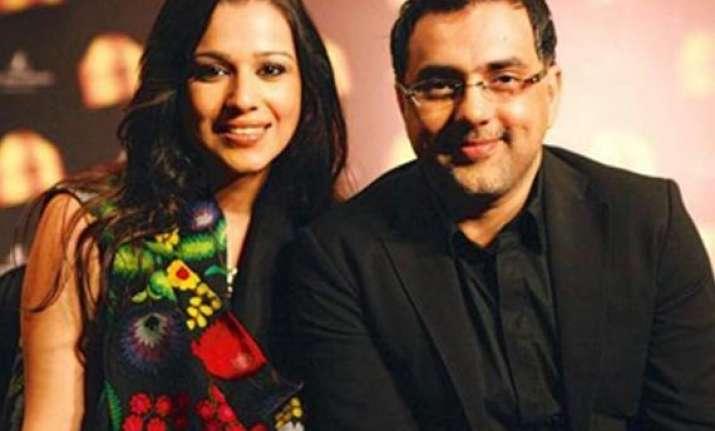 pankaj and nidhi brings vintage closet at wlifw