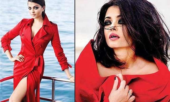 aishwarya rai bachchan birthday special her hot photoshoots