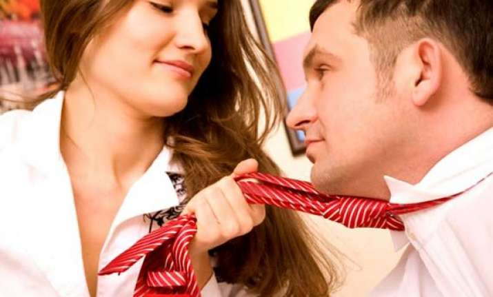 sharing workspace with opposite sex boosts productivity