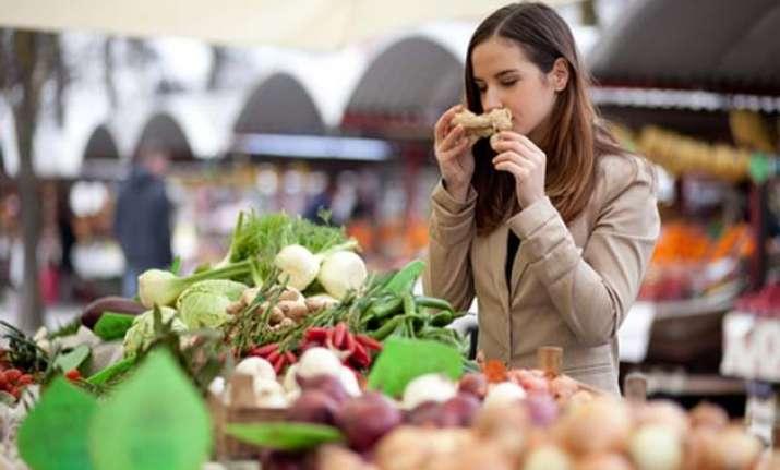 sense of smell may decode weight bias