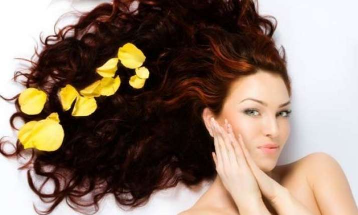 tips to make your hair holiday ready
