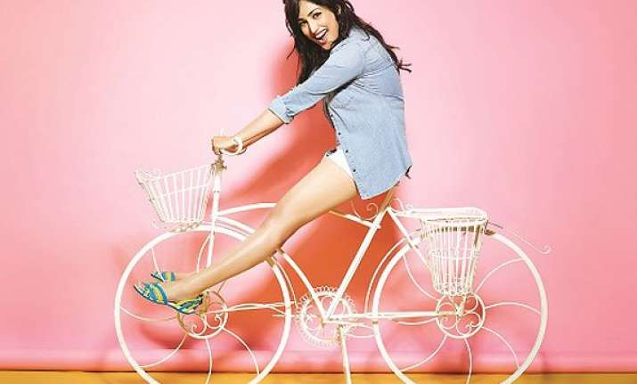 yami gautam to be the indian face for crocs