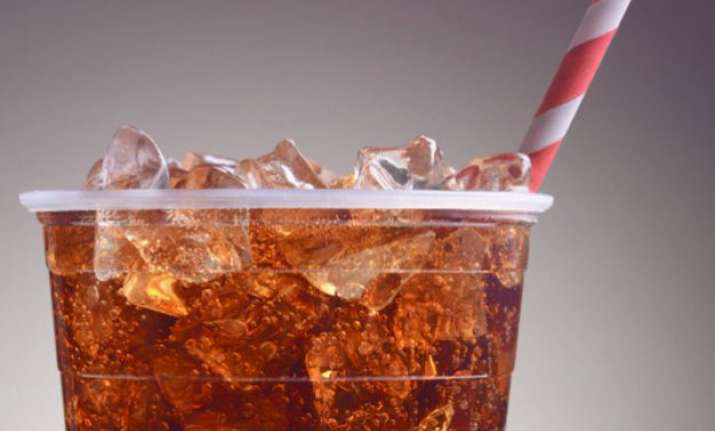 reducing sugar in fizzy drinks can prevent 3 lakh diabetes
