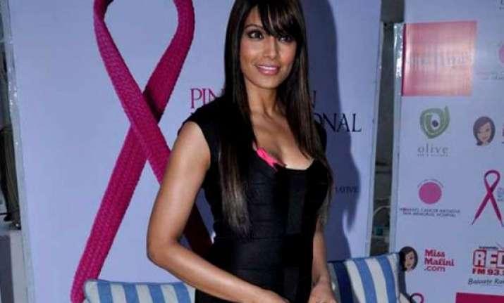 bipasha basu pinkathon important platform encouraging women
