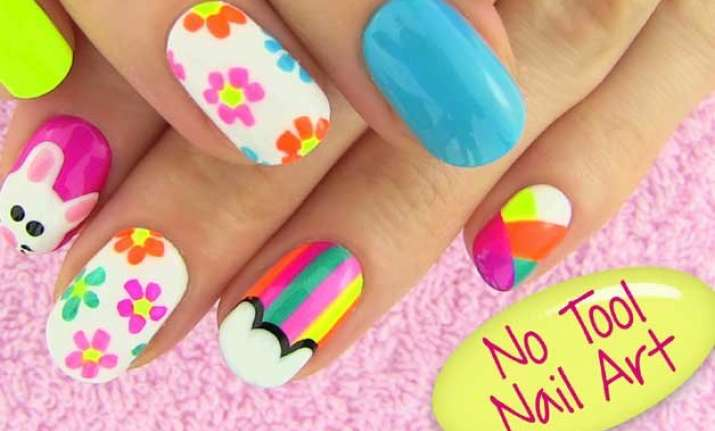 Stunning Nail Art Designs Taught In A Video And Does Not Need Tools