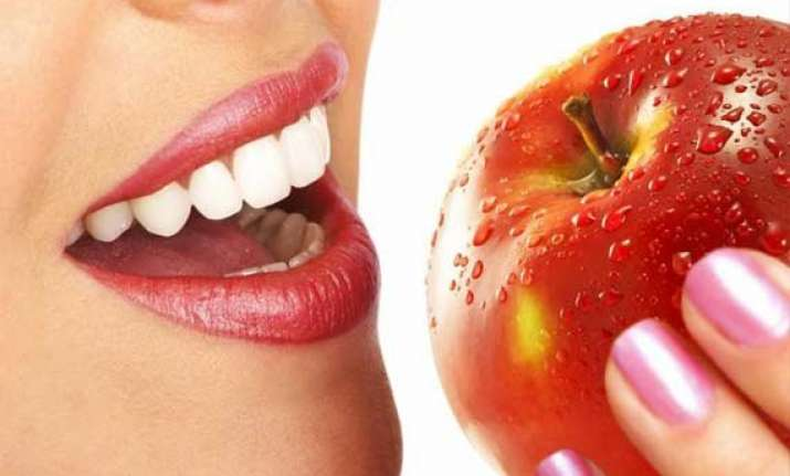 an apple a day helps boost sexual pleasure among women