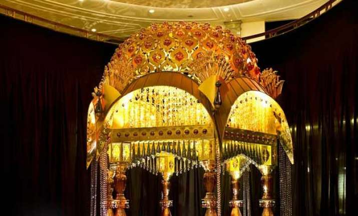 luxury wedding gets new definition with mandapam