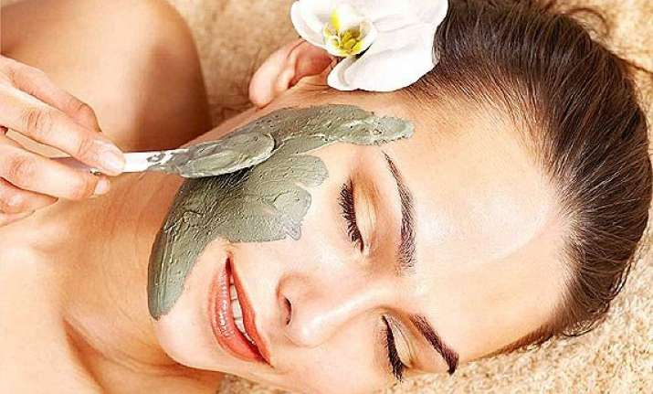 wanna glowing and radiant skin go for mud masks see pics