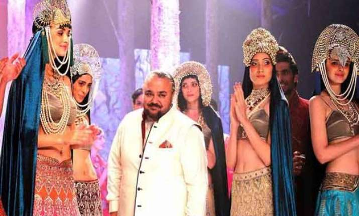 ibfw 2015 jj valaya adds russian flavour to indian fashion