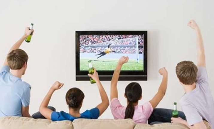 sport tv exposing kids to alcohol ads study