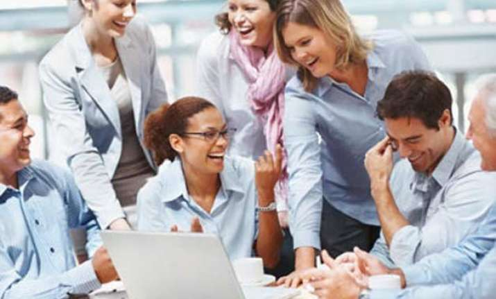 selfless behaviour key to get ahead at workplace