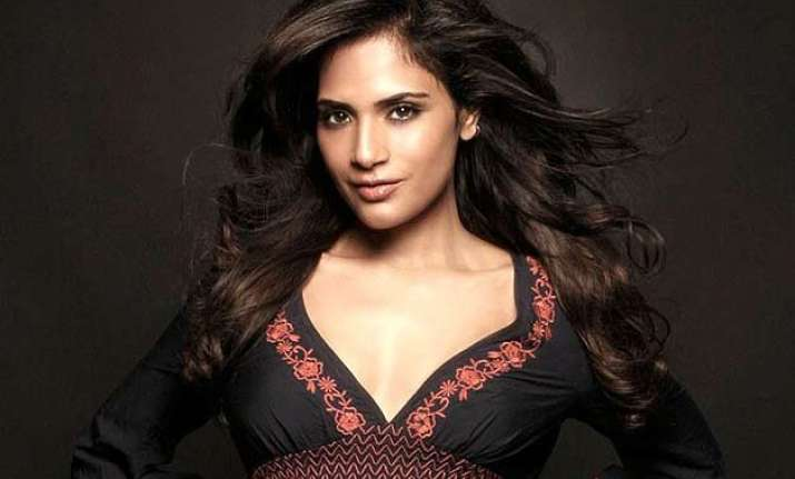 richa chaddha gets ready to spill hotness at cannes 2015