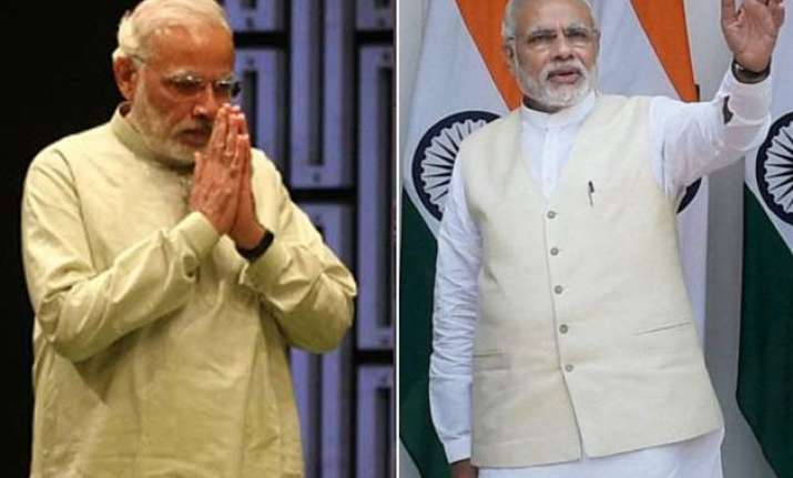 5 fashionable looks of pm narendra modi this monsoon season