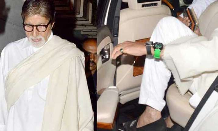 Amitabh Bachchans Secret Of Wearing Two Watches Indiatv News