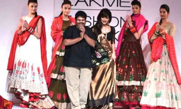 gaurang shah to unveil kalpavriksha at lfw 2015