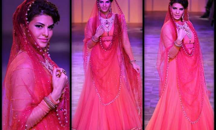 lakme fashion week 2014 jacqueline fernandez turns bride