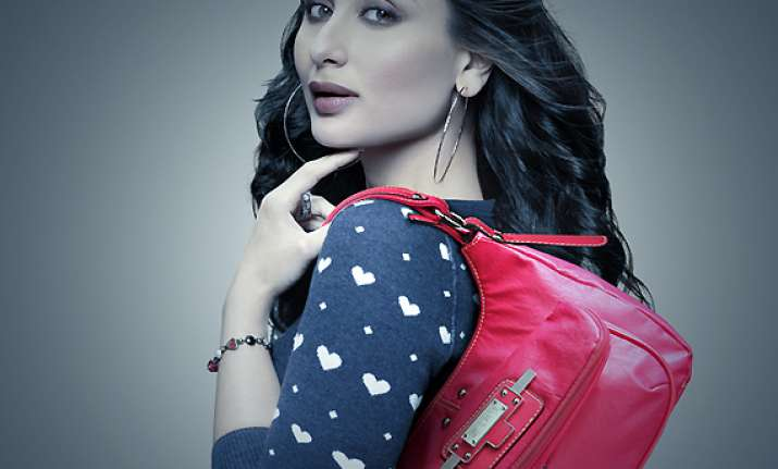 make style statement with bags