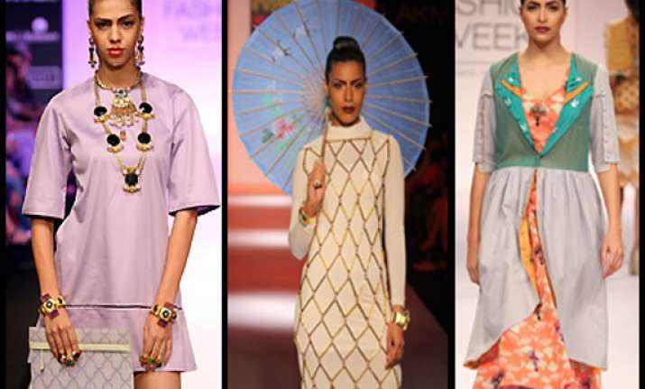 mona darling inspired collection showcased at lfw view pics