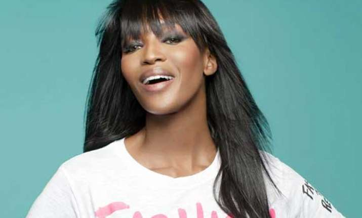 naomi campbell practices yoga on yacht