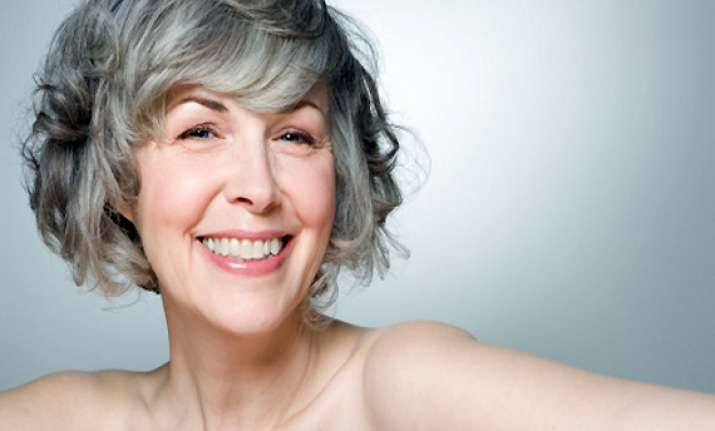 pick kitchen ingredients to control greying hair