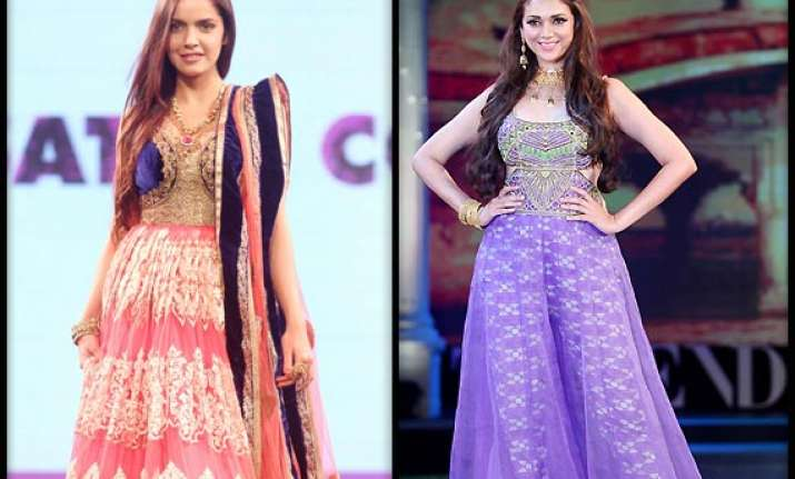 aditi shazhan scorch the ramp at retail jeweller awards see