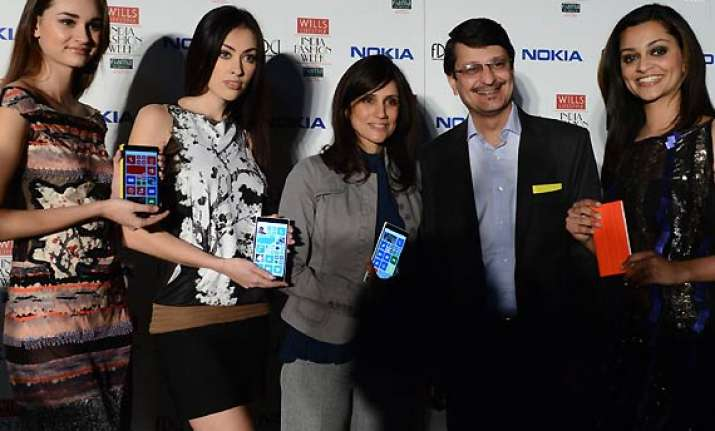 rina dhaka collaborates with nokia for wifw see pics