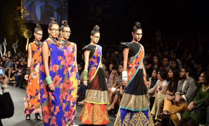 sabyasachi returns to lakme fashion week after 5 years