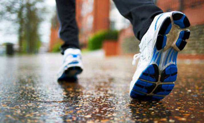5 quick ways to shield footwear from monsoon