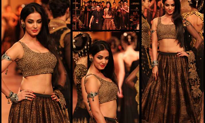 sonal chauhan looks stunning in indian wear view pics