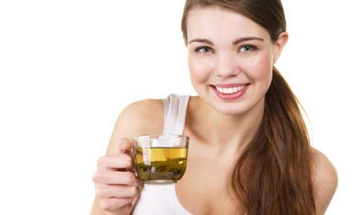 tea drinkers have lesser chances of breast cancer