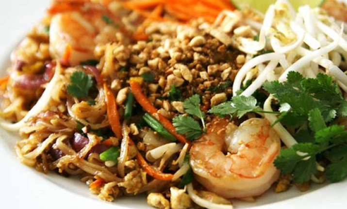 mouth watering thai food for summers see pics