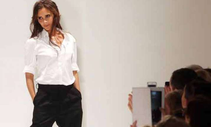 victoria beckham set for fashion talk at nyfw