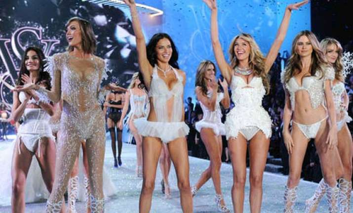 london set to host victoria s secret s show