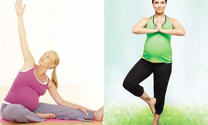 yoga can ease stress for pregnant women see pics