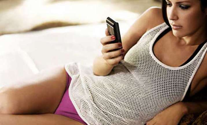 your mobile can ruin your relationship