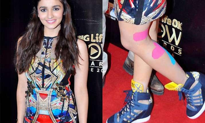 alia bhatt flaunts stylish bandages at big life ok now