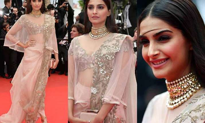 Cannes 2014: Sonam Kapoor Goes 'desi' With Couture Net