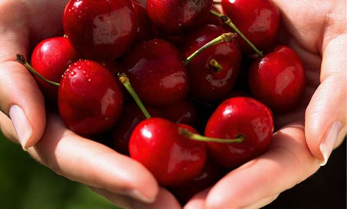 healthy benefits of cherries see pics