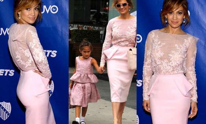 mother s love jennifer lopez and daughter emme wear