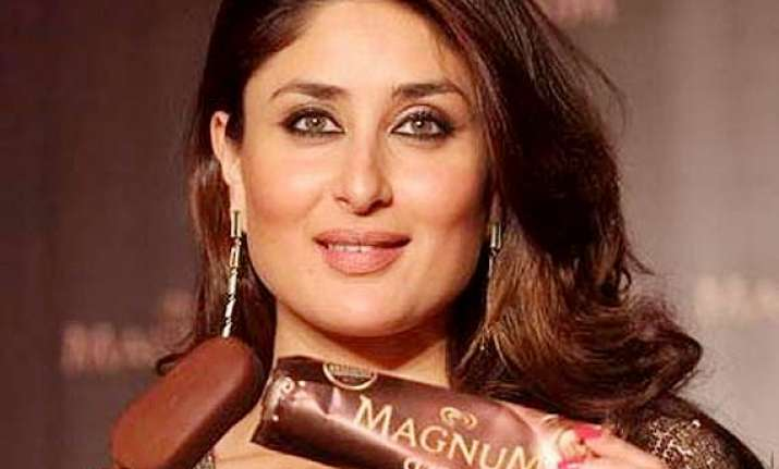 kareena kapoor builts hollywood connection with an ad see