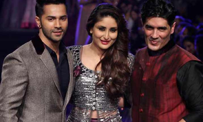 kareena kapoor varun dhawan brings down the curtain for